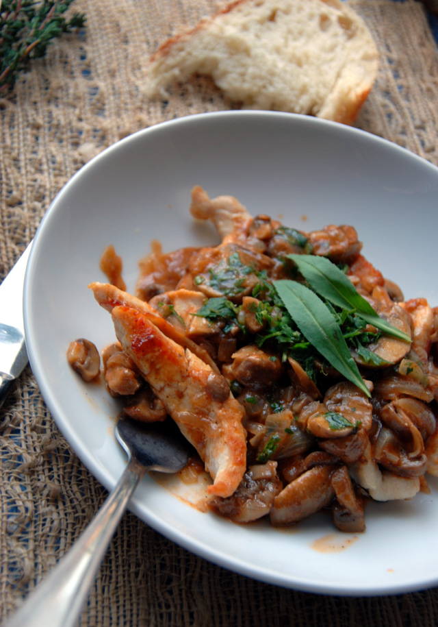 Tender Chicken With Sauce Chasseur