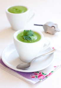 Green Machine Soup with mouse
